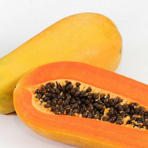 Papaya y semillas